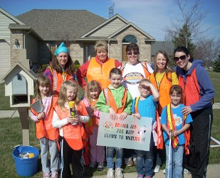 Storm Drain Marking Girl Scouts in Oregon